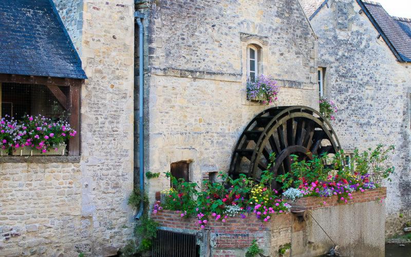 Strolling through Bayeux